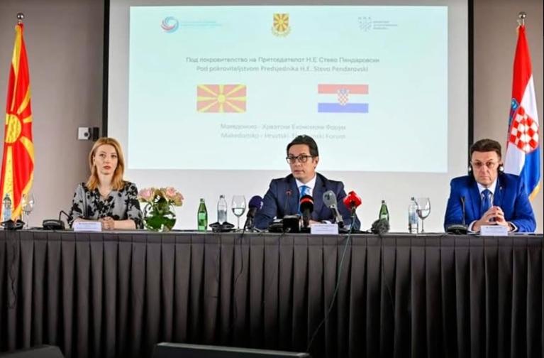 Арсовска: Потребно е авио поврзување меѓу туристичките центри на Македонија и Хрватска