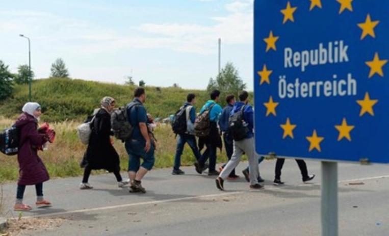 Австрија ги засилува граничните контроли поради мигрантите