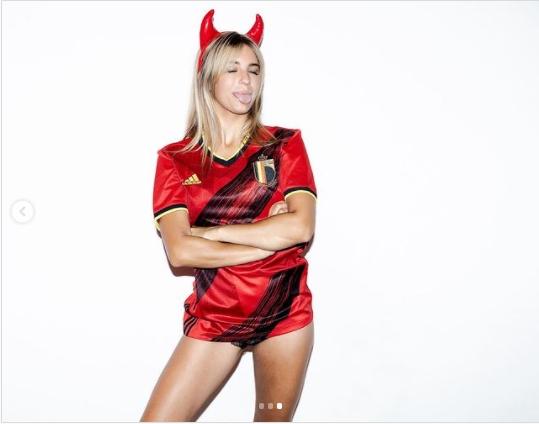 ФОТО: Белгија ја има една од најубавите навивачки- Лиз е хит на Инстаграм