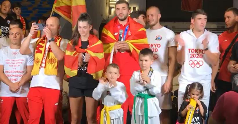 МАКЕДОНСКАТА ГОРДОСТ ГЕОРГИЕВСКИ: Ветивме медал и донесовме медал, да ја израдуваме Македонија пак, да живее Македонија!
