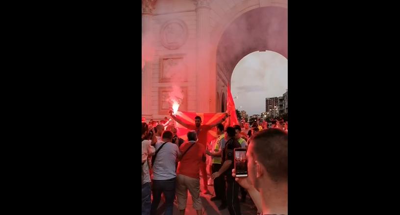 ГОРДОСТ: МАКЕДОНСКИОТ ШАМПИОН пристигна на плоштад Македонија (ФОТО)