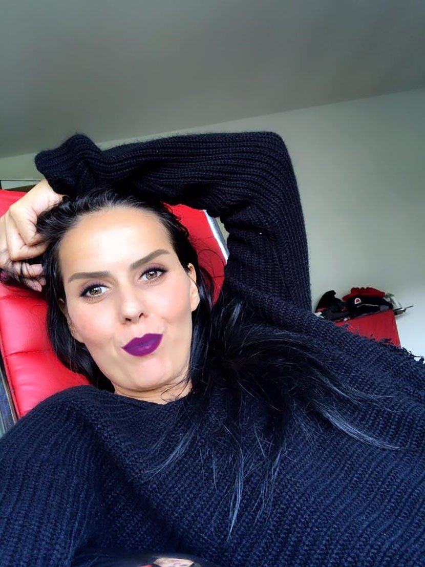 Ќерката на Синан Сакиќ: Ми дијагностицираа рак на матка, се спасувам со бременост, го чекам четвртото дете