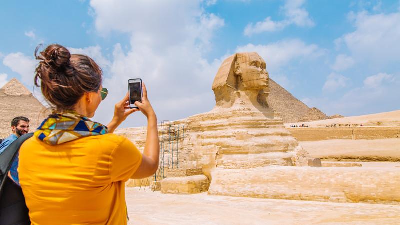 Египет ги олеснува рестриктивните мерки за туристите