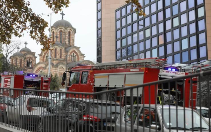 Заврши драмата во Србија: По пријава дека во зградата на РТС има бомба, еве што се случува сега