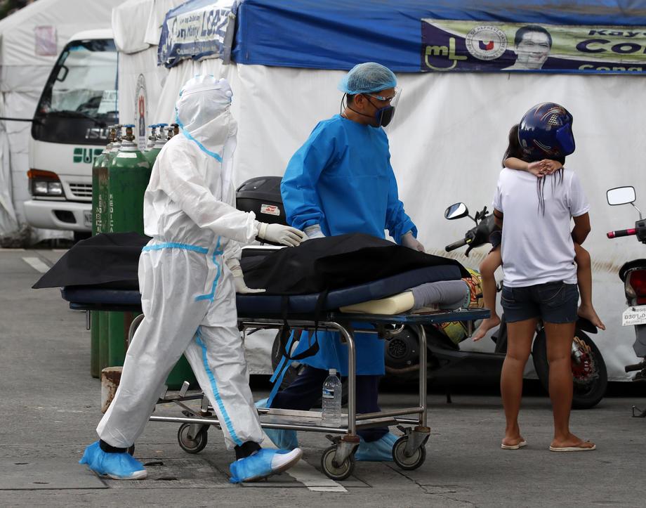 За првпат над 3.000 новозаразени луѓе во Токио, притисокот врз болниците расте