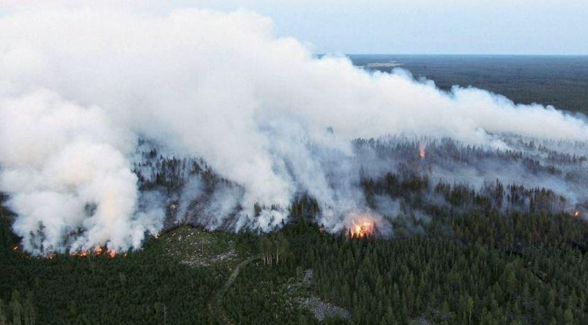 Голем шумски пожар во Финска