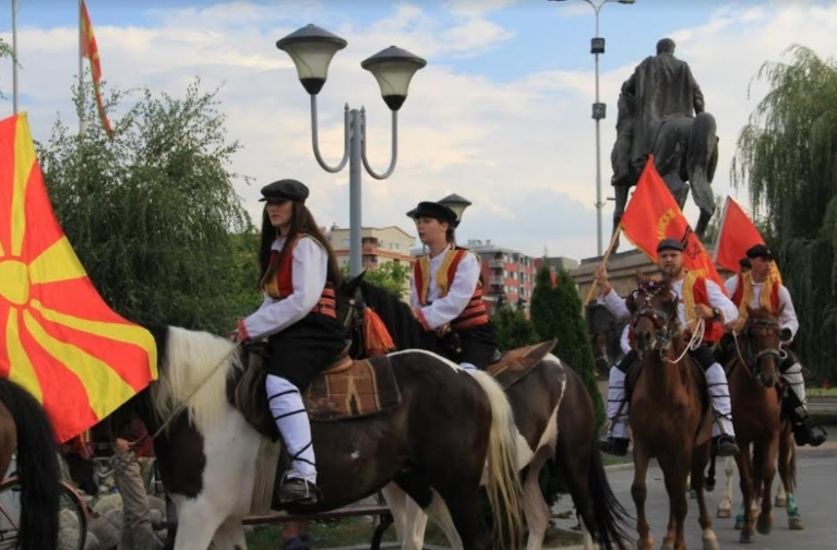 Во вторник стартува Илинденскиот марш: Ќе учествуваат 20 коњаници, меѓу нив и две девојчиња
