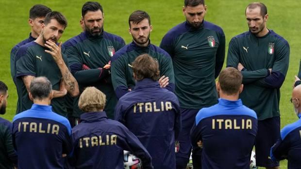 ФОТО: Можни состави Италија-Шпанија, Енрике има пет дилеми, составот на Манчини познат !