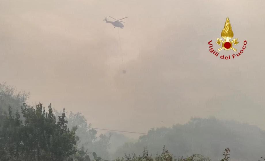 И Италија гори: За 24 часа над 800 пожари!