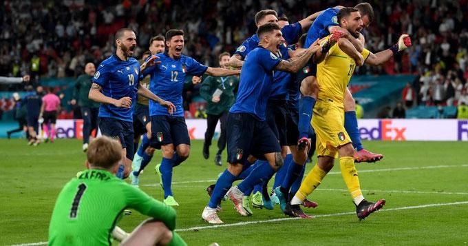 ФОТО: Ова се најдобрите единаесетмина на Европското првенство според УЕФА