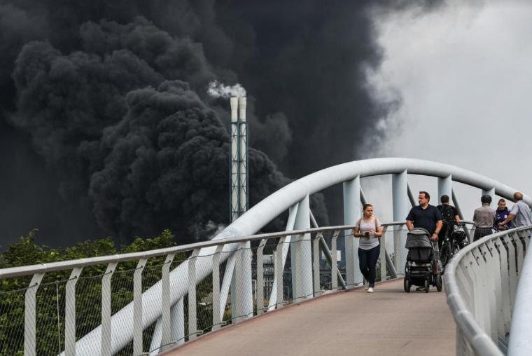 ФОТО: Голема експлозија во Леверкузен, исчезнати пет лица
