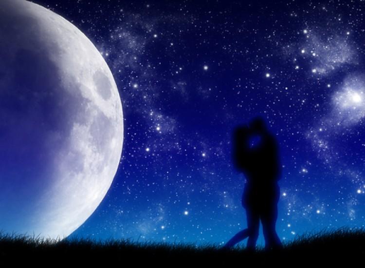 Ни доаѓа младата месечина – ова е еден од најсреќните денови во годината, еве што ги очекува хороскопските знаци