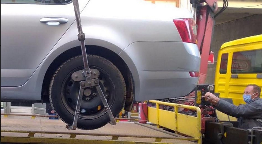 За една недела санкционираа 183 непрописно паркирани возила во Центар