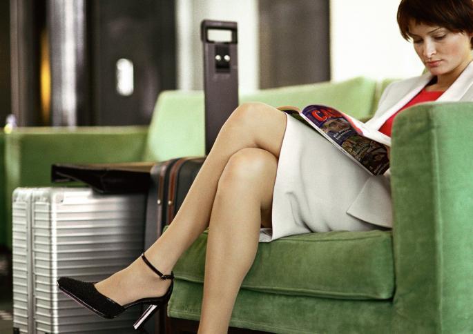 Сите жени го прават, а немаат поим колку е опасно: Еве зошто никогаш не треба да седите со скрстени нозе