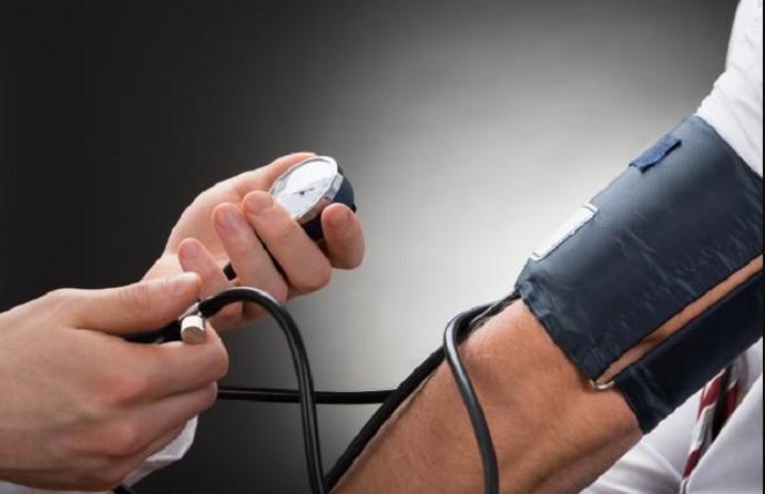 Хипертензијата е голем проблем, како да си помогнете без лекови?