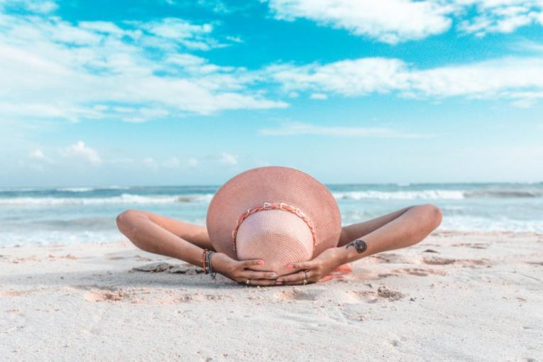 Зошто се враќаме здебелени од летен одмор?