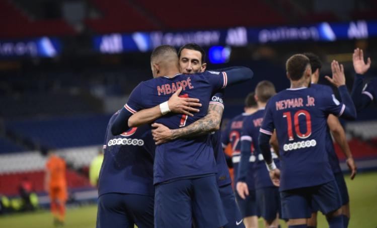 """""""Чистка"""" во Париз: ПСЖ изнакупува играчи, но сега има проблем – како до 180 милиони евра?"""