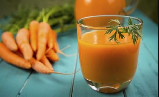 Овој рецепт го бара секоја жена: Направете си сок кој ги топи калориите
