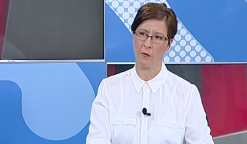 Спасевска: Царовска ветува 10.000 таблети, а  имаме 220.000 ученици вкупно основно и средно образование, реформите се дискриминирачки