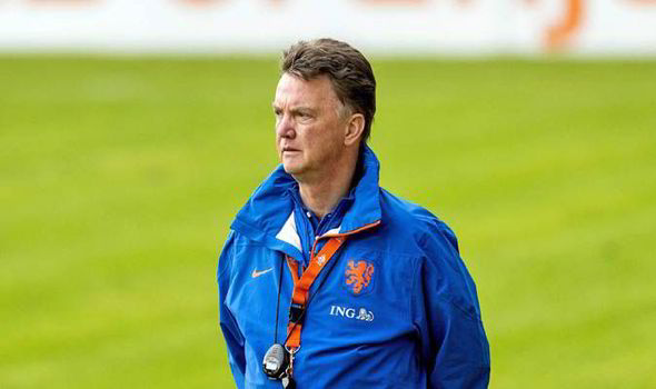 Ван Гал главен кандидат за селектор на репрезентацијата на Холандија