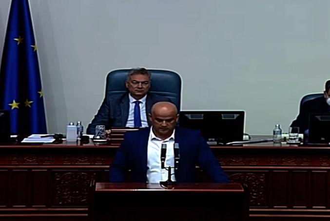 Велјановски до СДСМ: Кога вие сте на власт единствено цвета сивата економија, корупцијата и криминалот