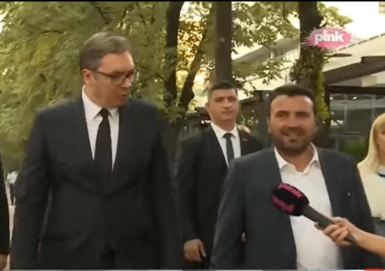 """Вучиќ се пофали дека како млад излегувал во скопска """"Тропикана"""" а Заев нема поим каде е тоа: Јас сум од Струмица, не го познавам многу добро Скопје"""