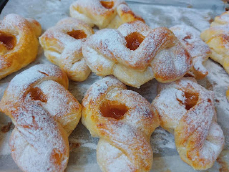 Прекрасни дански колачи: Меки, воздушни, вкус на задоволство!