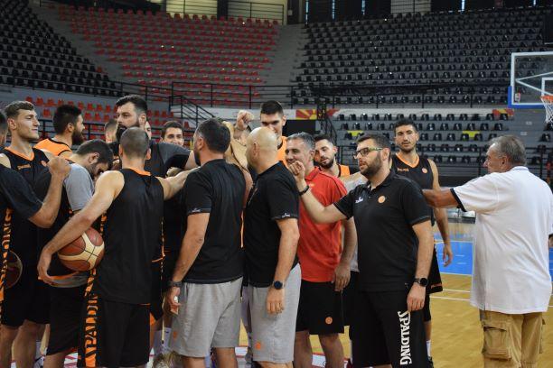 Кошаркарите денес ќе тестираат со Црна Гора