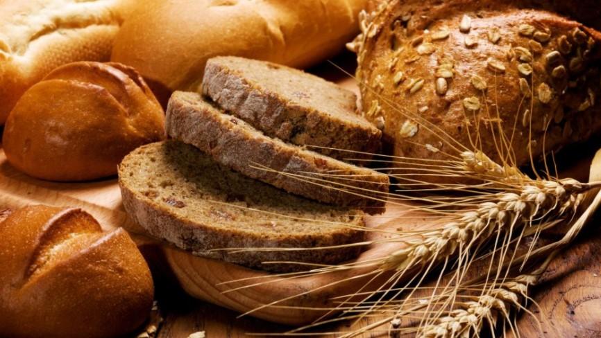 Дознајте дали сте измамени: Стевете парче црн леб во вода, еве што не смее да се случи