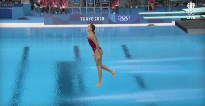 ВИДЕО: Дојде во Токио како фаворит, но за последниот скок не доби ниту поен!