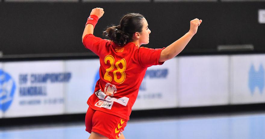 Женските кадетки со висока победа над Косово го отворија ЕХФ шампионатот