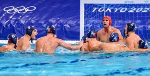 """Ватерполо: Србите ги """"удавија"""" светските шампиони"""