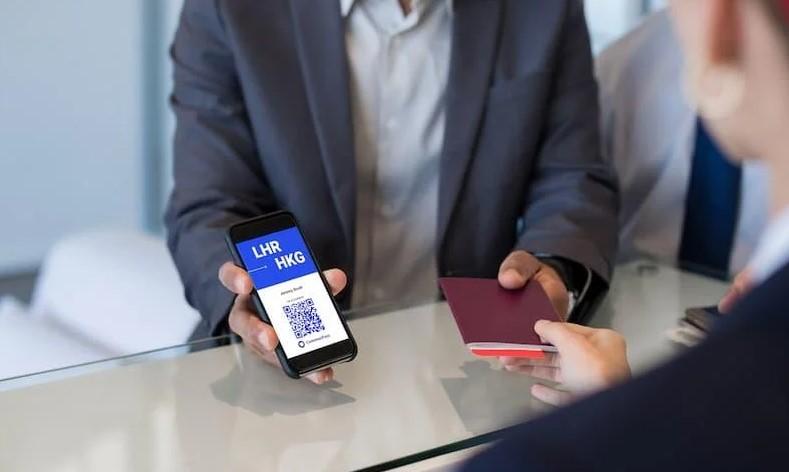 Достапна е апликацијата: Како да дојдете до вашиот сертификат за патување во странство?