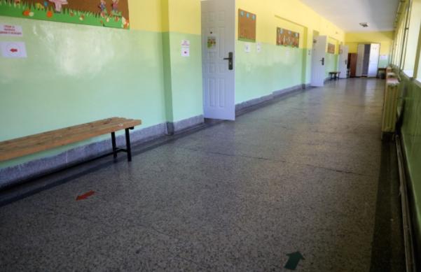 УНИЦЕФ и УСАИД донираат мобилни станици за миење раце во 15 училишта