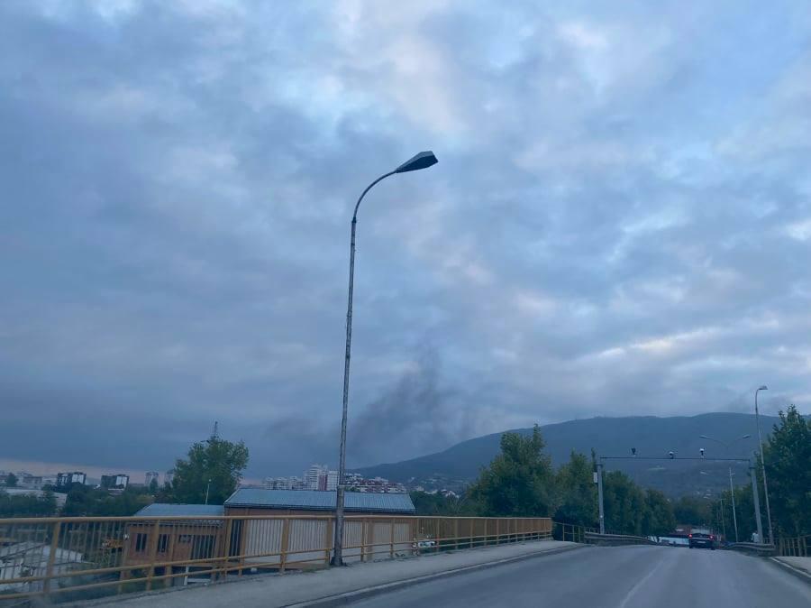 ФОТО: Црн облак над Ѓорче Петров