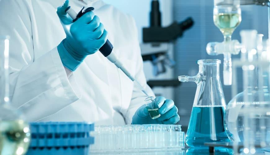 """ЗЕМЈИТЕ ОД ЕУ СЕ """"ТЕПААТ"""" ЗА НЕА """"Санофи"""" направи протеинска вакцина против корона (ВИДЕО)"""