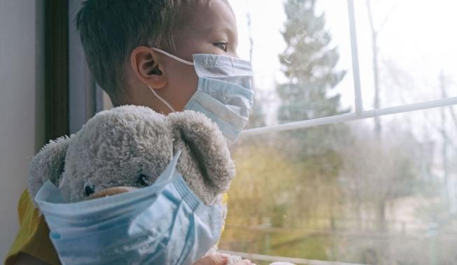 """Студија: Речиси секое 11-то дете во Израел кое било позитивно на коронавирус сега страда од """"долгорочни ефекти на Ковид-19"""""""