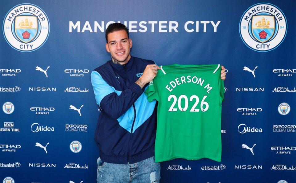 Манчестер Сити му го продолжи договорот на голманот Едерсон