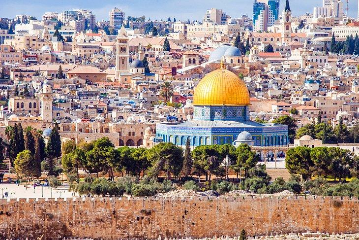 Израел повторно се отвора за туристи од одредени земји