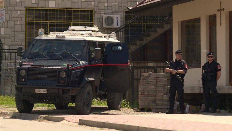 КФОР пристигна во Јариње: Бројот на рутински патроли е зголемен низ цело Косово