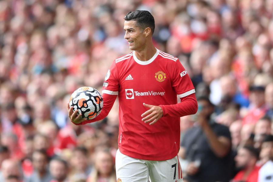 Агуеро и Џерард нека му ја мислат, Роналдо е прогласен за Играч на месецот во Премиерлигата