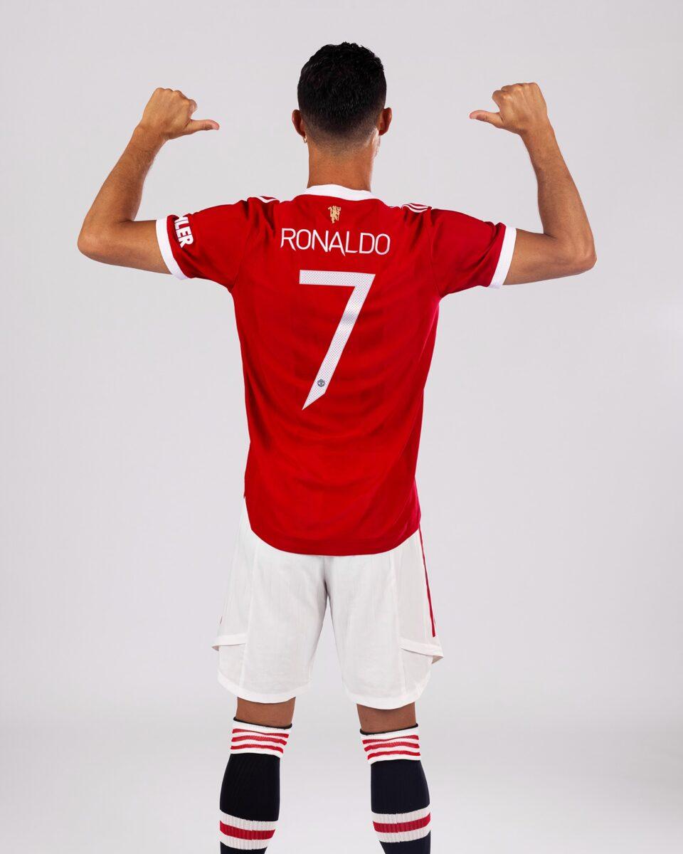 """Роналдо повторно ќе ја носи """"7"""" во Јунајтед"""