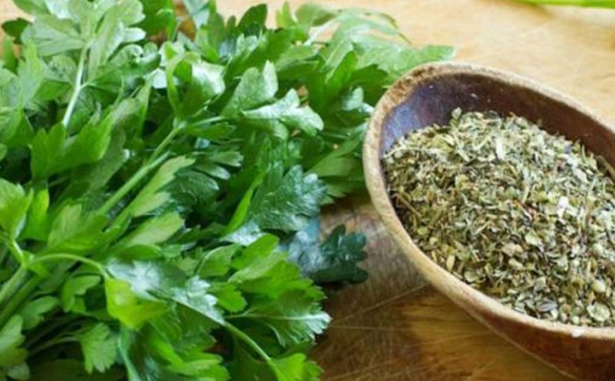 Дознајте колку е здрава билката која често ја има на македонската трпеза