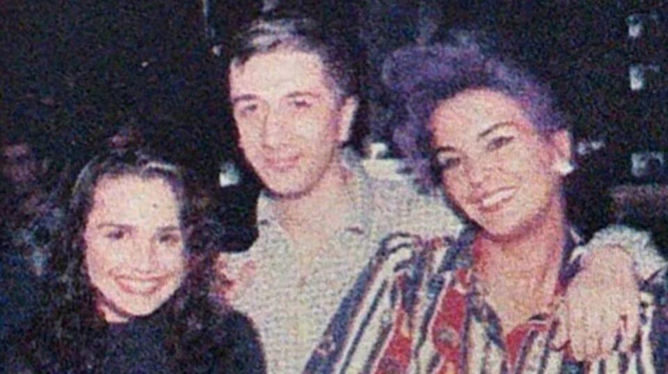 Нема да ја препознаете пејачката: Само насмевката е иста, еве како изгледала порано (ФОТО)