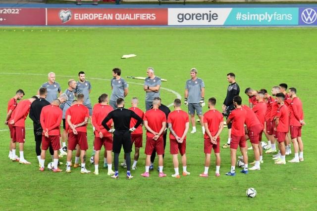 Фудбалската репрезентација го одработи официјалниот тренинг пред мечот со Ерменија и дебито на новиот селектор (ФОТОГАЛЕРИЈА)