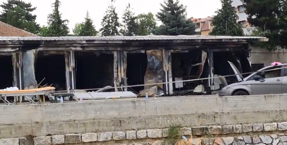 Лефков: Сите институции се насочени кој прикривање на несреќата во Тетово, ЈО наместо да ги повика одговорните, ги повикува роднините на загинатите