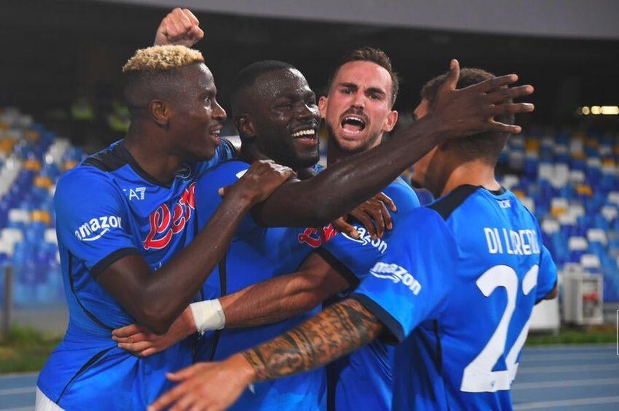 Наполи со пресврт до победа против Јувентус