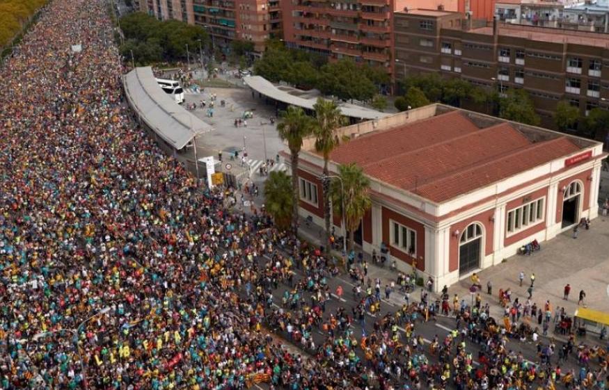 Повеќе од 40 луѓе се повредени за време на масовни прослави во Барселона