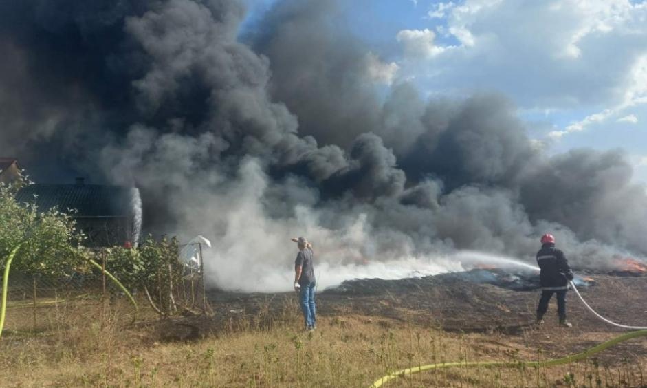 Пожар кај Струмица: Гореа стари гуми, ова се деталите