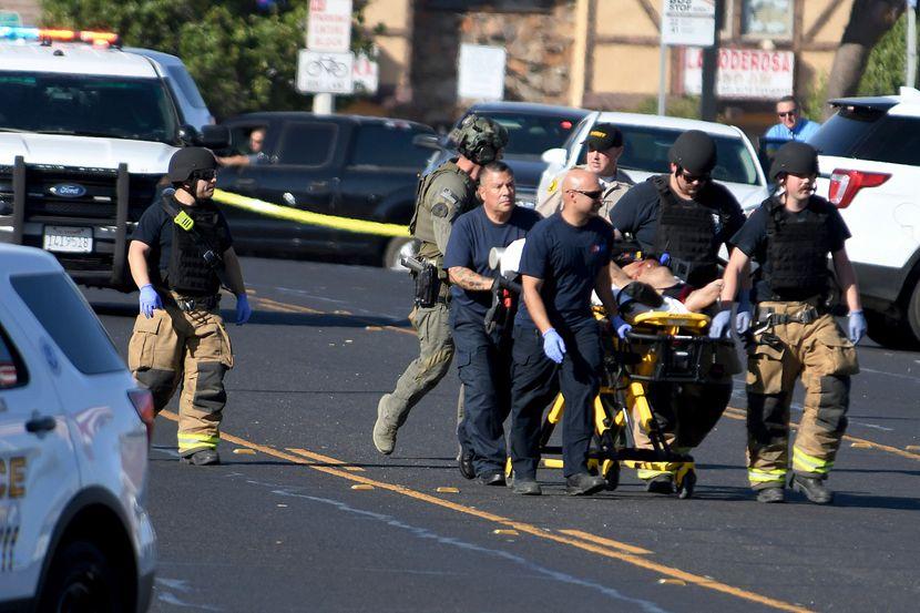 Пукање во средно училиште во Вирџинија: Две лица се повредени, напаѓачи и во други училишта во близина?